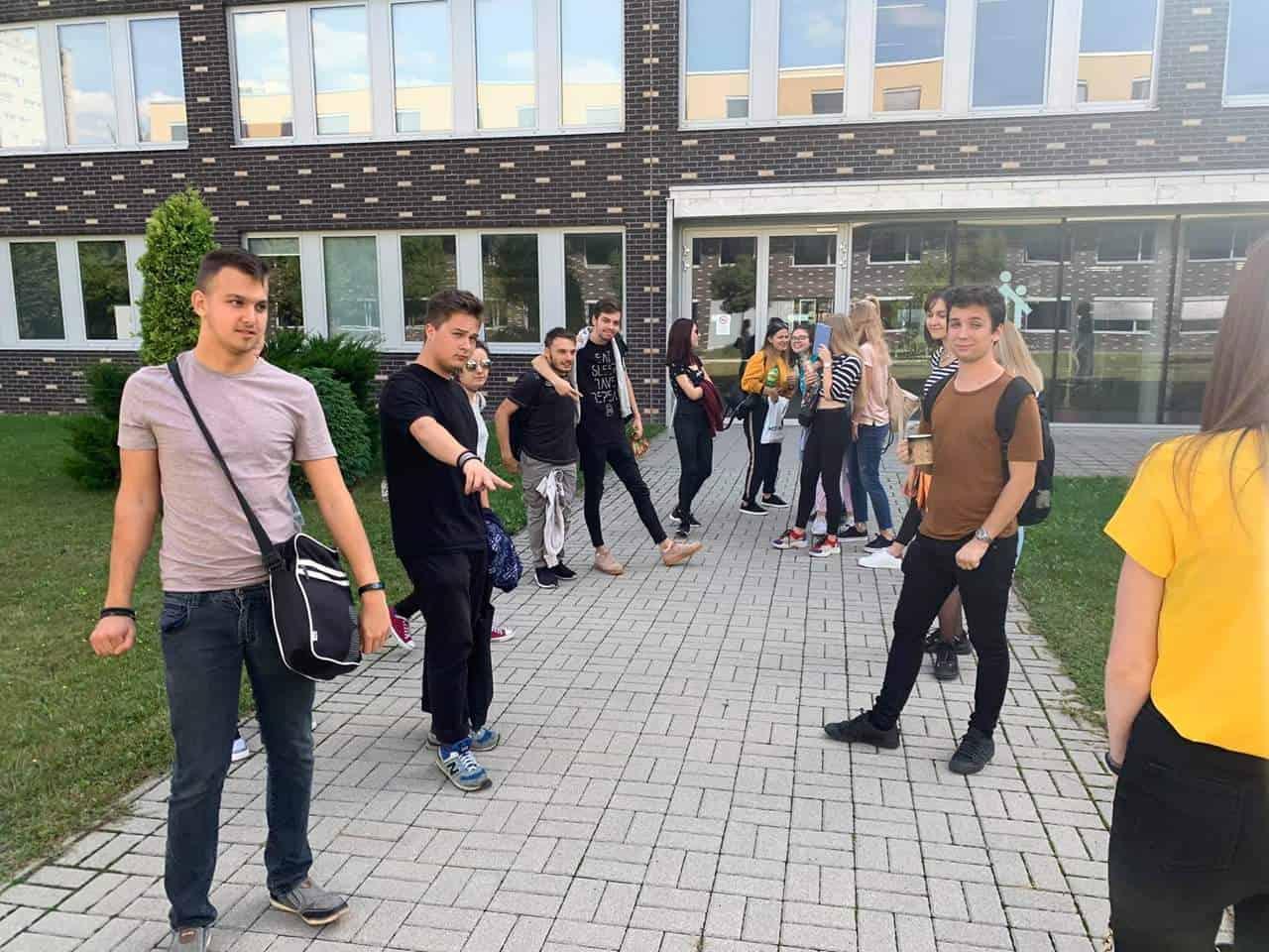 közművelődési szakos diákok csoportképe