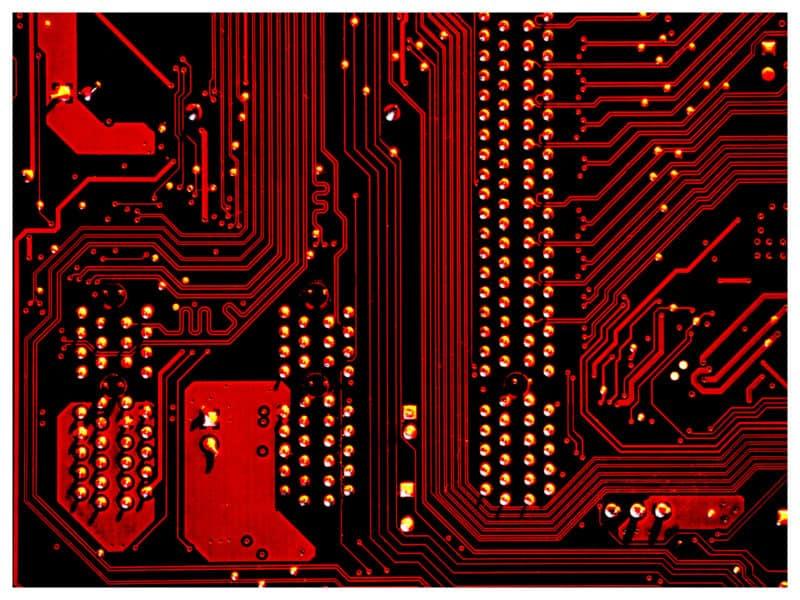 IT szakok választás, borító kép, nyomtatott áramkörök